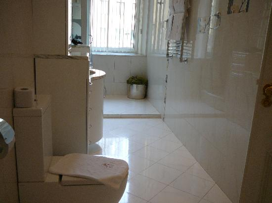 Rossi Boutique Hotel & SPA: deluxe bathroom