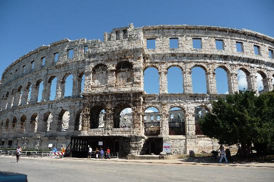 The Arena in Pula: Pula Roman Amphitheatre