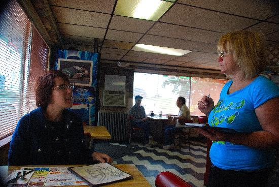 DuBois, Pensilvania: Lisa is placing an order