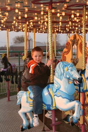 Route 66 Carousel Park: Carousel