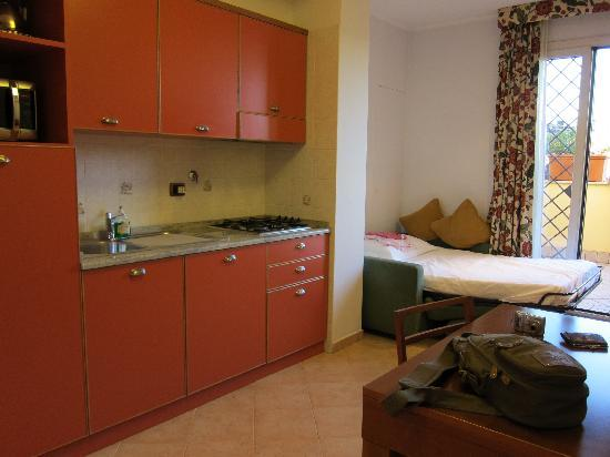 Crosti Apartments Hotel Rome: Küche App. 16