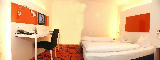Ambassador Frankfurt Hotel: Doppelzimmer Design