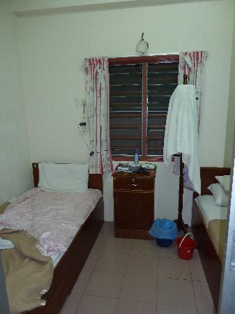 Tanah Rata, Malezja: Spotless room with common bath