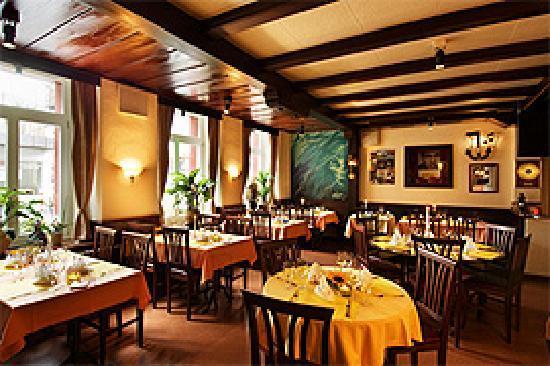 Goldener Anker: Restaurant inside
