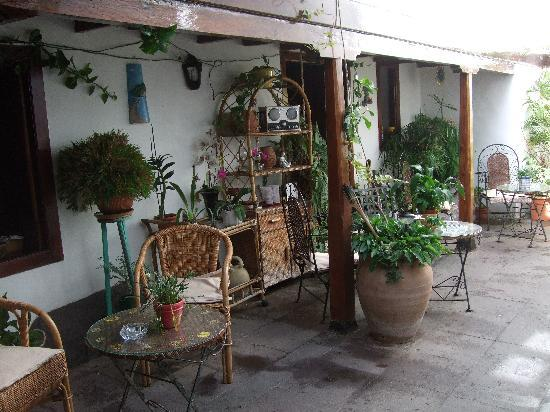 Hotel Rural Casona Santo Domingo: Innter garden