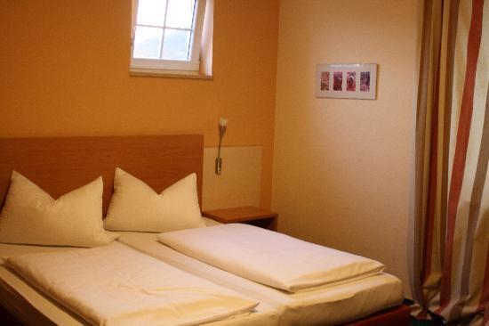 Villa Toskana A3 Hotel: The bed