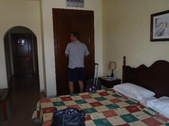 Castell Blanc Hotel: chambre avec balcon