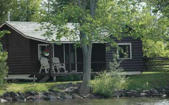 Timberlane Rustic Lodges: One of our waterfront cabins