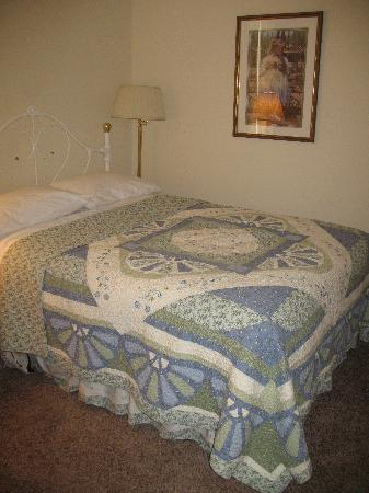 James Gettys Hotel: Beautiful comfortable bedroom