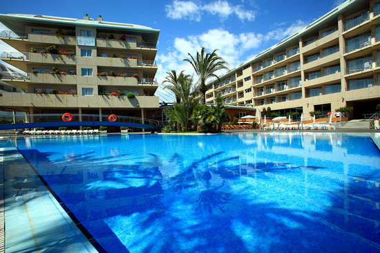 Aqua Hotel Onabrava & Spa: Hotel pool view