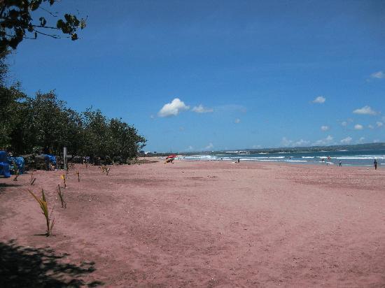 เซมินยาค, อินโดนีเซีย: Strand