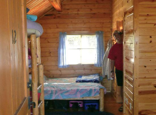 Yellowstone Grizzly RV Park: Turned main bed other direction, pushed against wall, made way more floor space