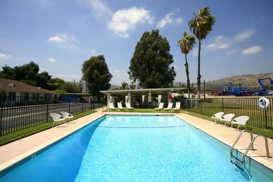 Glendora, CA: Lodge  Pool