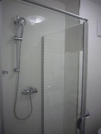 4Mex Hotel And Living: 4Mex - La doccia della camera n° 15
