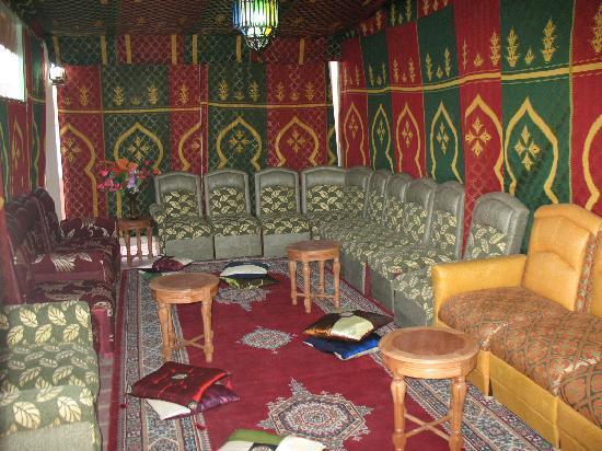 Faouzi Hotel: tente