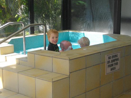 ULTIQA Beach Haven on Broadbeach: Indoor Spa was a hit