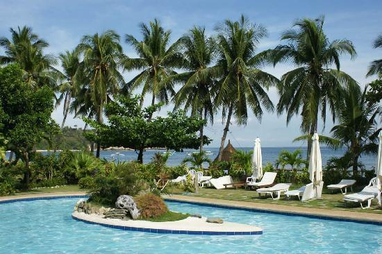 Coco Beach Island Resort: The Pool!!!