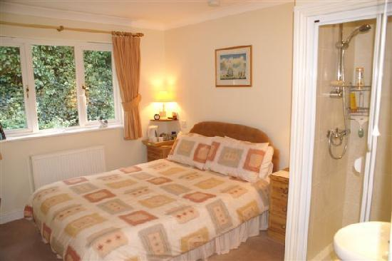 Threshold : Double room with
