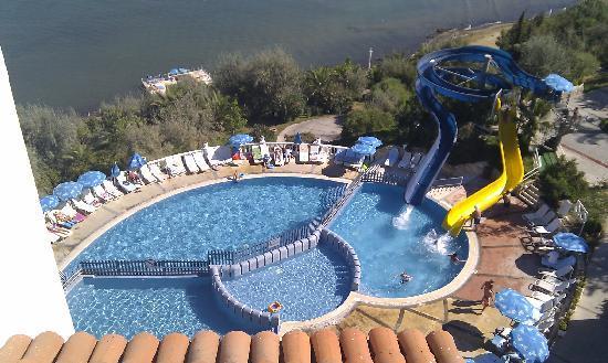 Labranda Ephesus Princess: Une des piscines