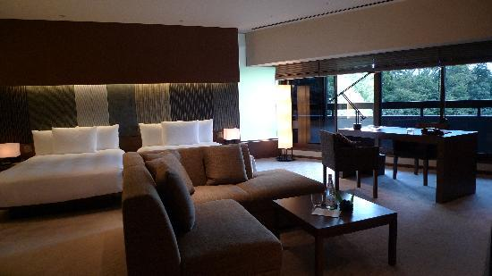 Hyatt Regency Kyoto: My room.