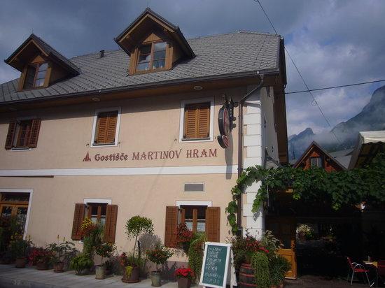 Martinov Hram - La facciata