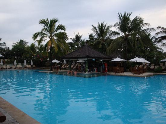 Padma Resort Legian : プール