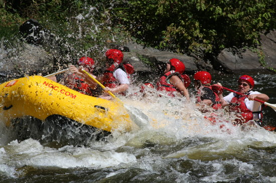 Nantahala Outdoor Center : NOC Rafting on Upper Pigeon