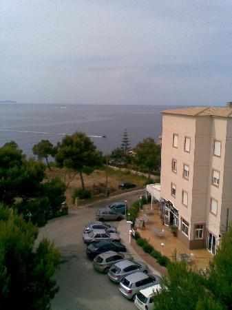 Ona Cala Pi Club: Veiw from the front balcony