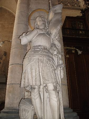 Saint-Omer Cathedral : St Joan