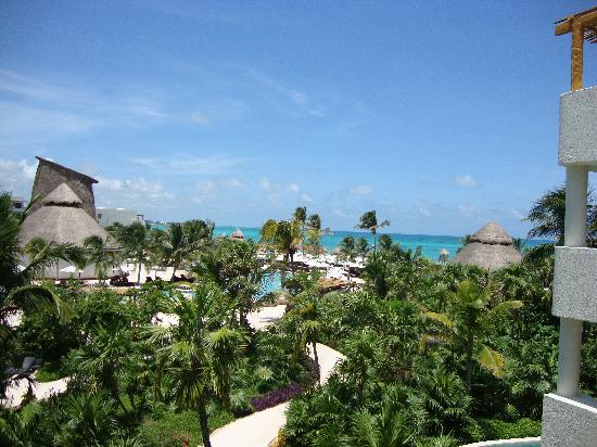 Secrets Maroma Beach Riviera Cancun: View from our ocean view room, not ocean front