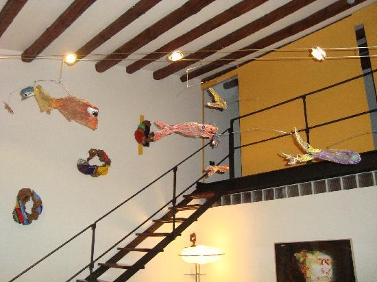 la casa di marzapane: Salón de la casa, de uso común