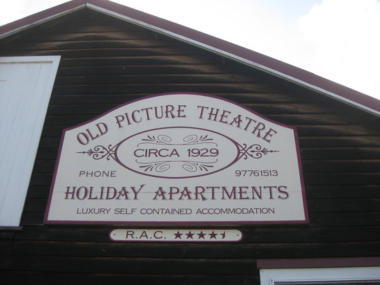 Old Picture Theatre Holiday Apartments