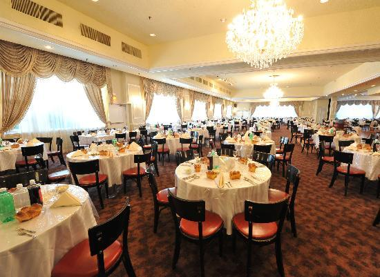 Raleigh Hotel: Raleigh grand ball room