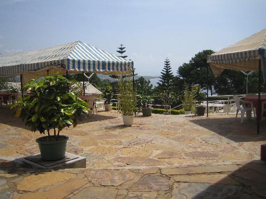 Bukoba, Tansania: Terrace of the Kolping restaurant