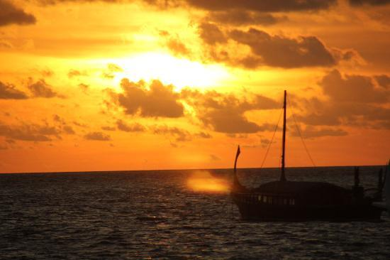 Baros Maldives : Sunset