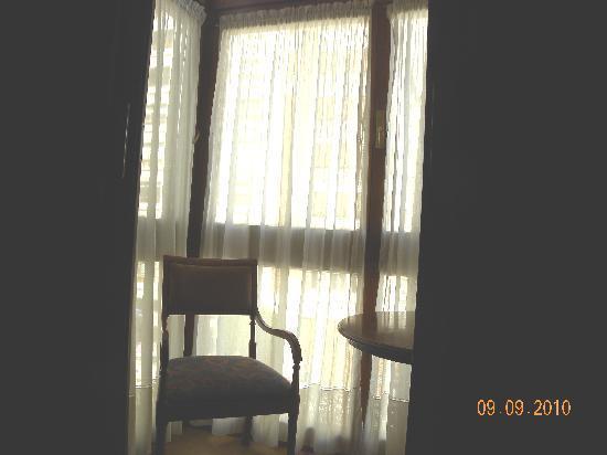 Begona: mirador de madera con cierre