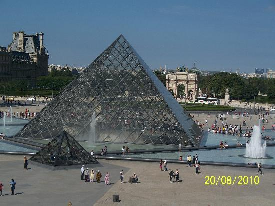 Paris, France: Louvre