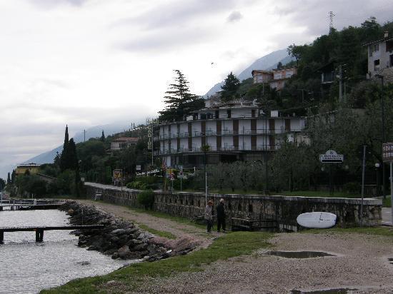 Castelletto, Italie : HOTEL CARIBE