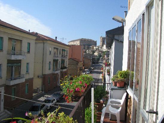B&B Millefiori: Panorama dal terrazzo: RECANATI
