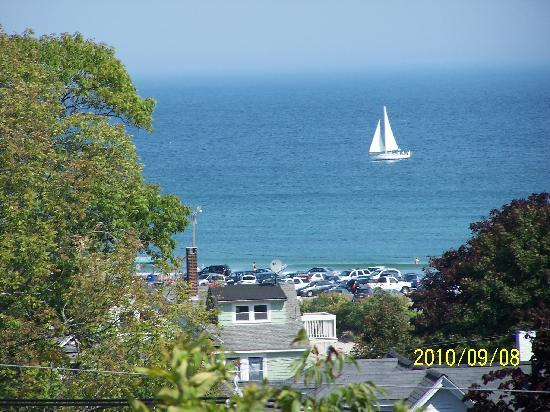 2 Village Square Inn Ogunquit : View from the patio