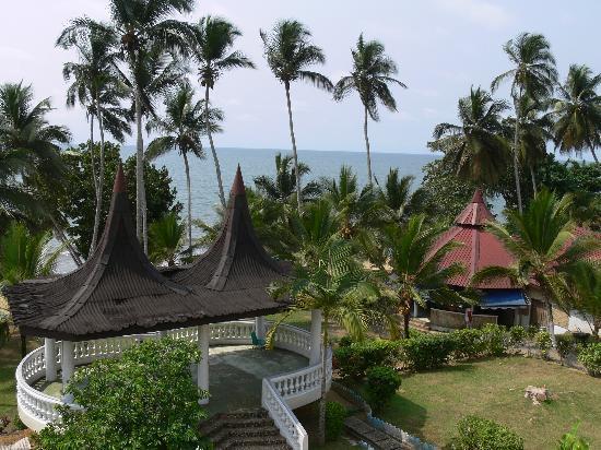 Hotel Residence Jully: Hotelgarten