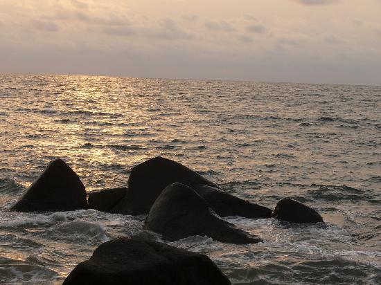 Hotel Residence Jully: Abendstimmung am Strand