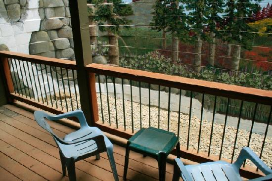 Yosemite Peregrine Lodging: changing our concrete block wall to scenery