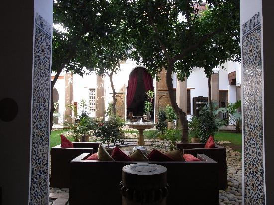 Riad Laaroussa Hotel and Spa: Riad Laaroussa - Innenhof 1