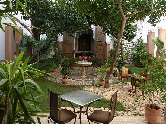 Riad Laaroussa Hotel and Spa: Riad Laaroussa - Innenhof 2