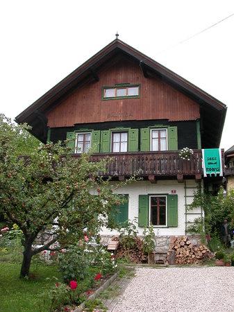 Bajtica Guesthouse: main house