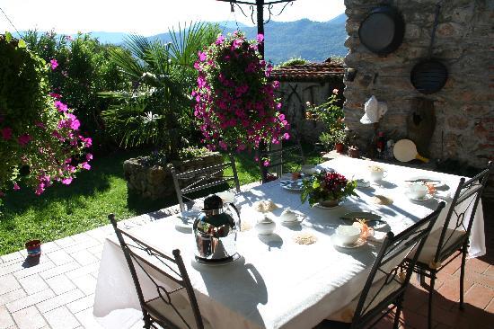 Antico Borgo Sanda: wonderful terrace