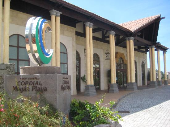 Cordial Mogan Playa: Entrance