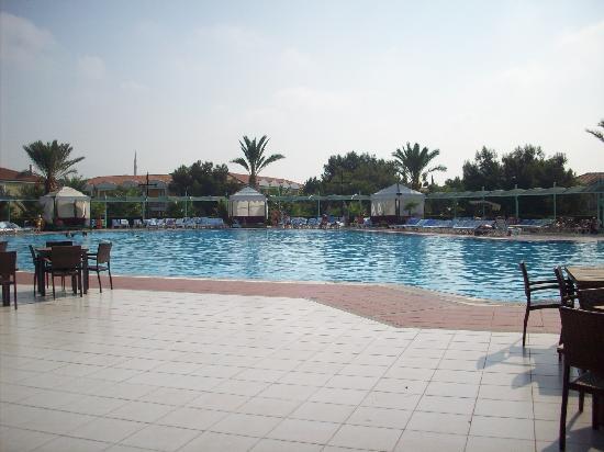 Euphoria Palm Beach Resort: Relax Pool