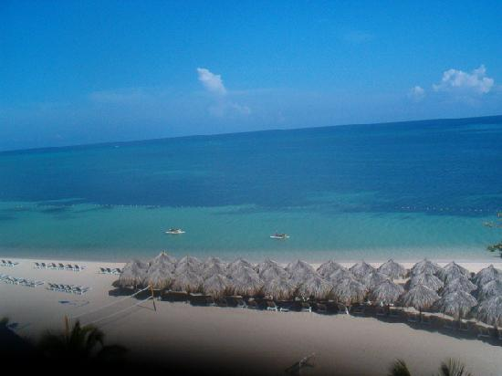 Iberostar Grand Hotel Rose Hall: Ocean front balcony view
